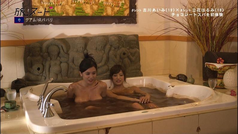 【温泉キャプ画像】オッパイしか目に入ってこないタレント達の温泉レポw