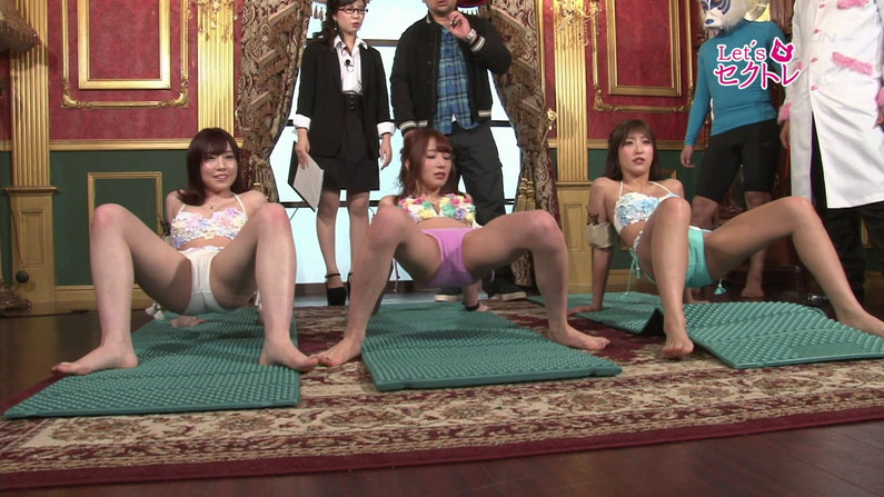 【お宝エロ画像】下着姿の美女達が「セクトレ」とか言ってエロい動きさせられてたw 07