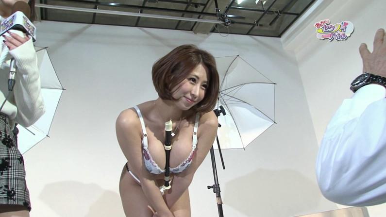 【お宝エロ画像】下着姿の美女達が「セクトレ」とか言ってエロい動きさせられてたw 30