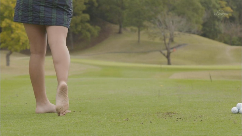 【足裏キャプ画像】美女になら足の裏で顔面踏まれても嬉しく思えるだろ?w 10