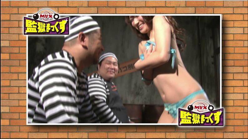 【お宝エロ画像】ケンコバをTバック美女が露骨なエロいポーズで誘惑しまくりw 27