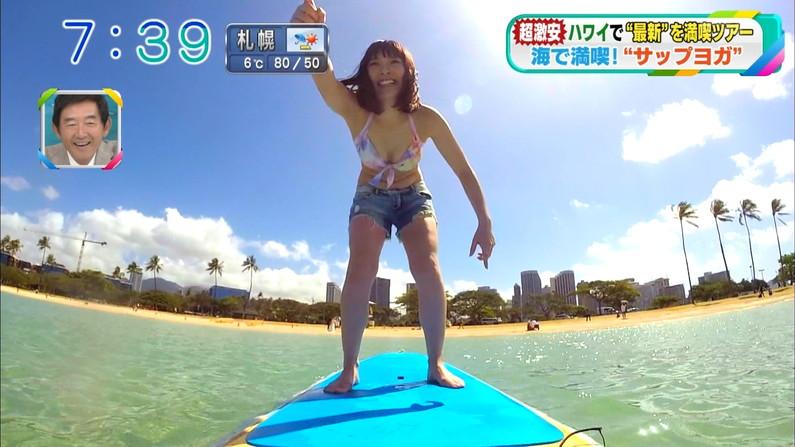 【水着キャプ画像】ナイスボディーのセクシータレントの水着姿がテレビで映りまくりw 07