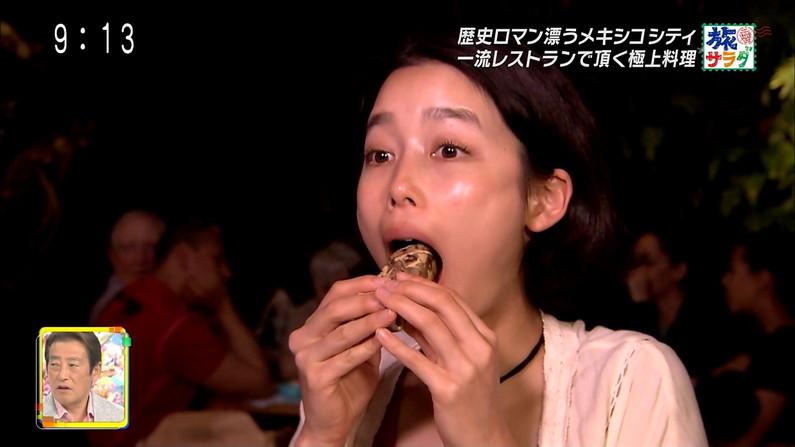 【疑似フェラキャプ画像】この食レポしてるタレントの中だったら誰に咥えてもらいたい?w 03
