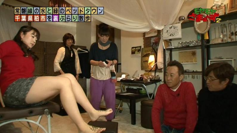 【太ももキャプ画像】そりゃこんなに綺麗な脚してたらギリギリまで太もも露出したくなるわなw 10