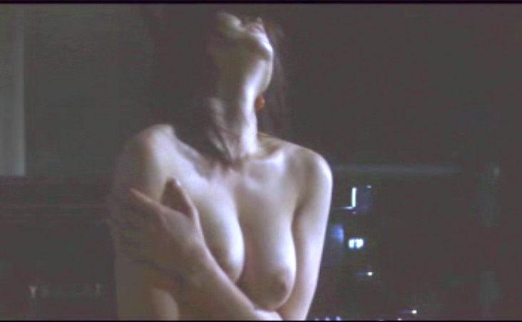 【濡れ場キャプ画像】今じゃあんな大女優まで昔は乳首丸出しにして濡れ場演じてたんだww 04