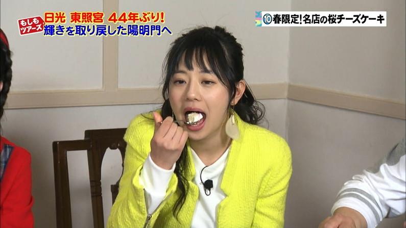 【疑似フェラキャプ画像】こんなエロい顔して食レポするからフェラが好きそうな女子アナとか言われるんだよw 20