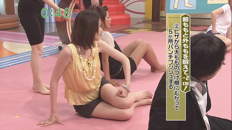 【太ももキャプ画像】ショートパンツから見せるタレント達のムッチリした太ももエロすぎw