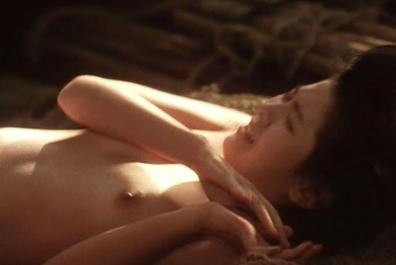 【濡れ場キャプ画像】女優さんが演じる濡れ場のシーンってちょっとしたAVよりエロいよなw 01