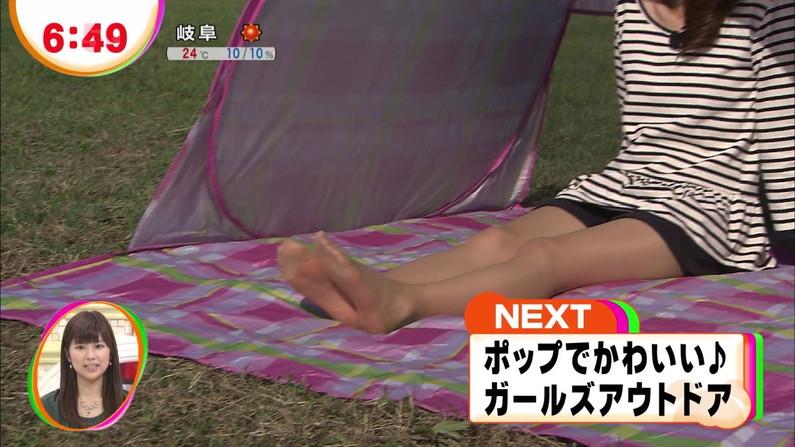 【足裏キャプ画像】足裏フェチの奴らのためのテレビに映ったタレント達の臭そうな足裏ww 15