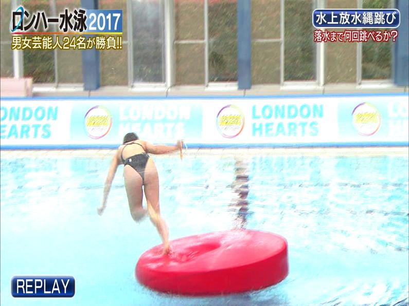 【お宝キャプ画像】ロンドンハーツの水泳大会で競泳水着が食い込みまくってやばいことにww 35