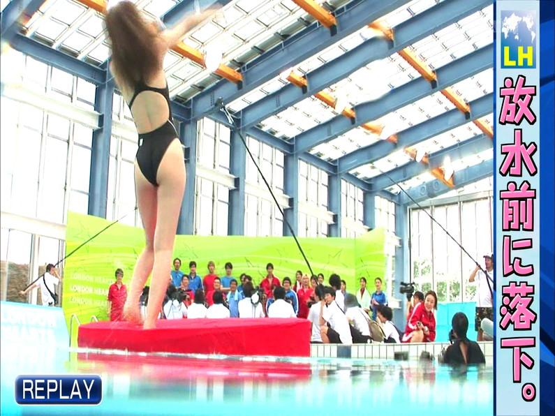 【お宝キャプ画像】ロンドンハーツの水泳大会で競泳水着が食い込みまくってやばいことにww 37