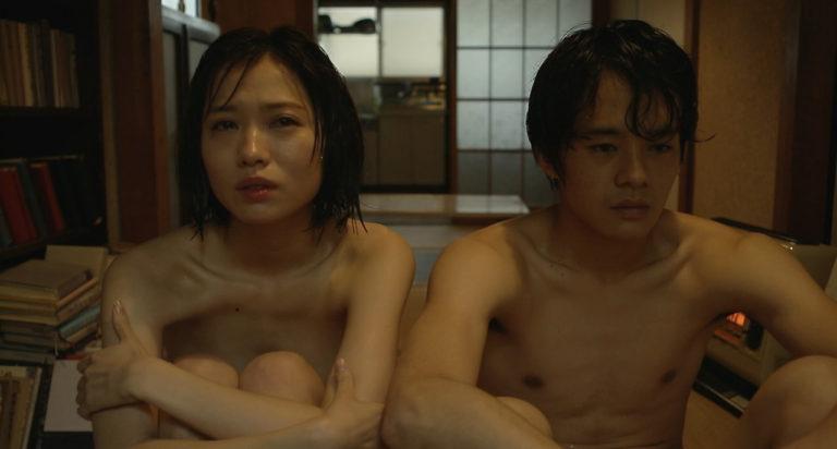 【濡れ場キャプ画像】女優たちがオッパイ丸出しで演じる濡れ場がヤバいww 12