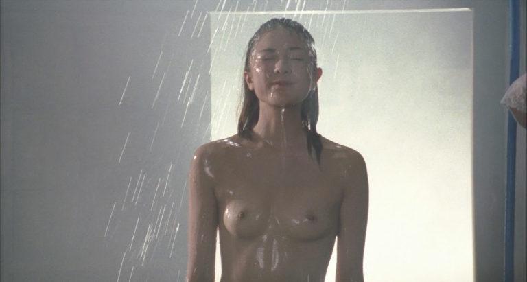 【濡れ場キャプ画像】女優たちがオッパイ丸出しで演じる濡れ場がヤバいww 15