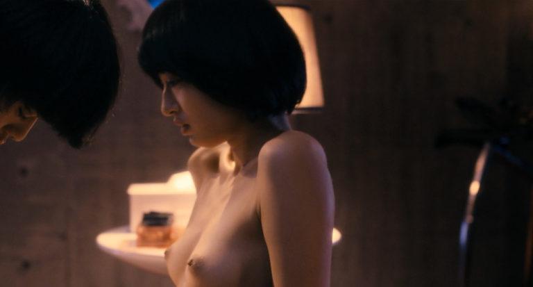 【濡れ場キャプ画像】女優たちがオッパイ丸出しで演じる濡れ場がヤバいww 16