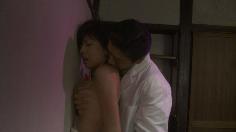 【濡れ場キャプ画像】女優たちがオッパイ丸出しで演じる濡れ場がヤバいww 19