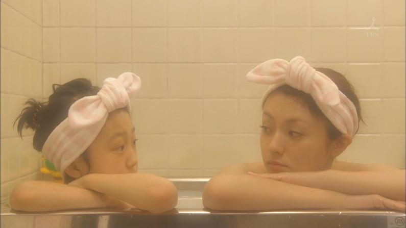 【入浴キャプ画像】ドラマとかで放送された女優さんのセクシーな入浴シーンw 17