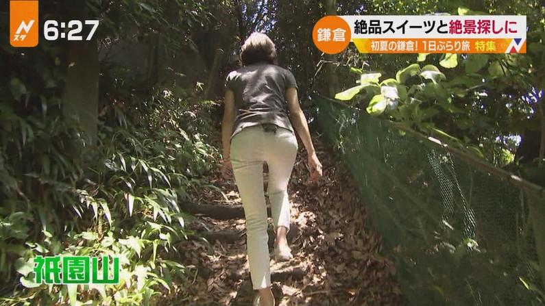 【お尻キャプ画像】ピタパン履いたお尻の形がくっきりなタレント達w 16