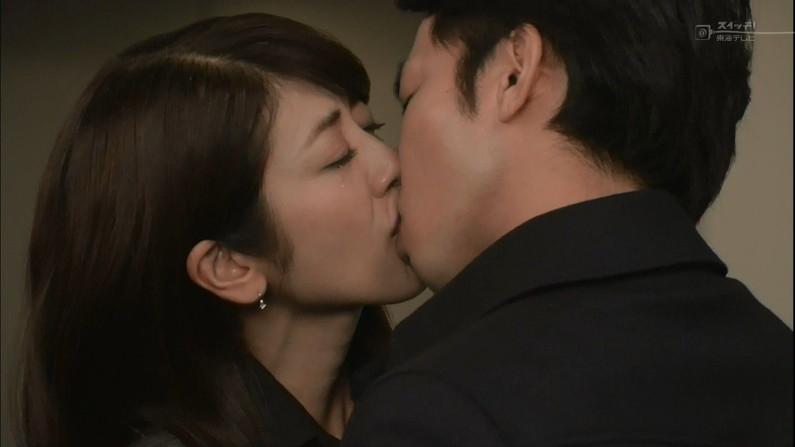 【キステレビキャプ画像】見てるこっちがドキドキしちゃうドラマなどのキスシーンやキス顔w 17