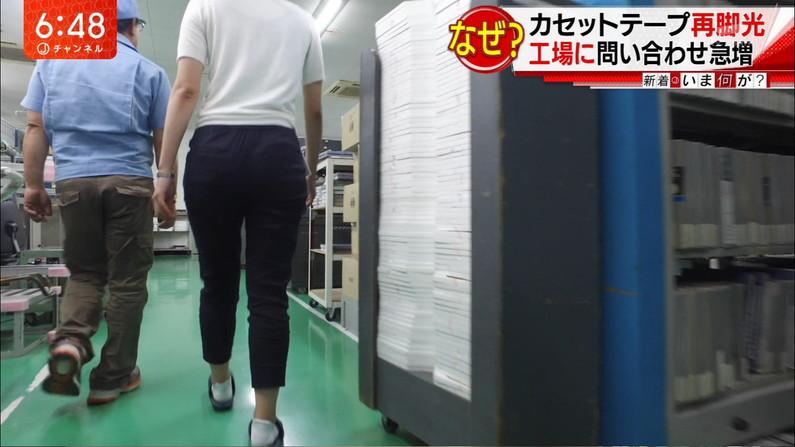 【お尻キャプ画像】タレント達がピタパン履いてパン線まで見せまくりww 13