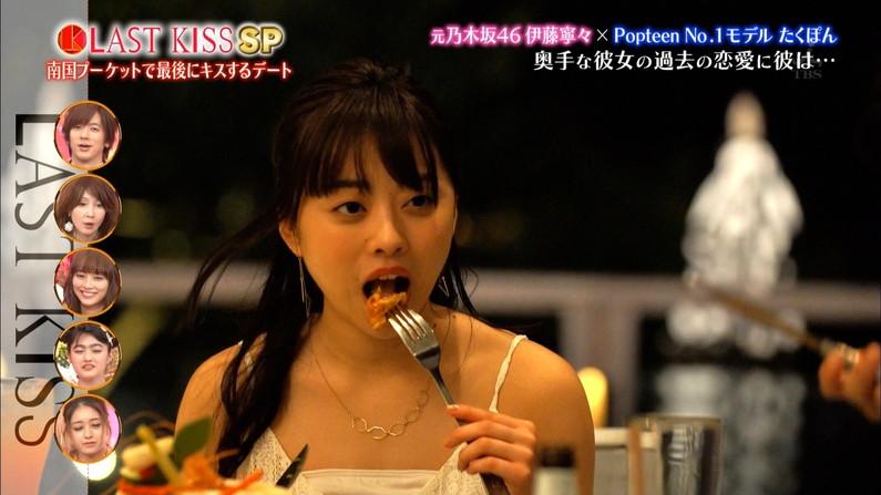 【疑似フェラキャプ画像】食レポする時どうしてもフェラ顔になっちゃうスケベなタレント達w 20