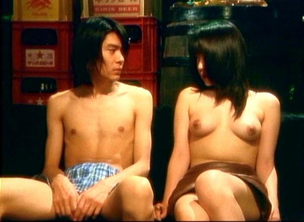 【濡れ場キャプ画像】女優たちのオッパイ丸出しの演技がこちらww 23