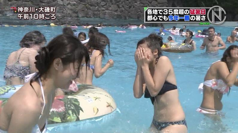 【水着キャプ画像】今夏テレビに映った素人のエッチなビキニ姿がすでにやべーw 10