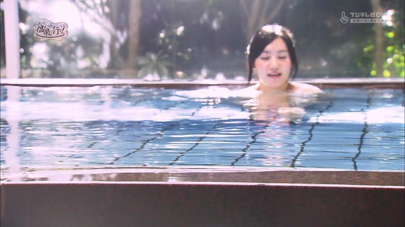 【温泉キャプ画像】何が起こるかわからない!美人なタレントさん達の入浴シーンww 09