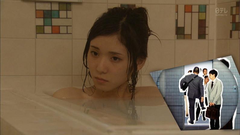 【温泉キャプ画像】何が起こるかわからない!美人なタレントさん達の入浴シーンww 12