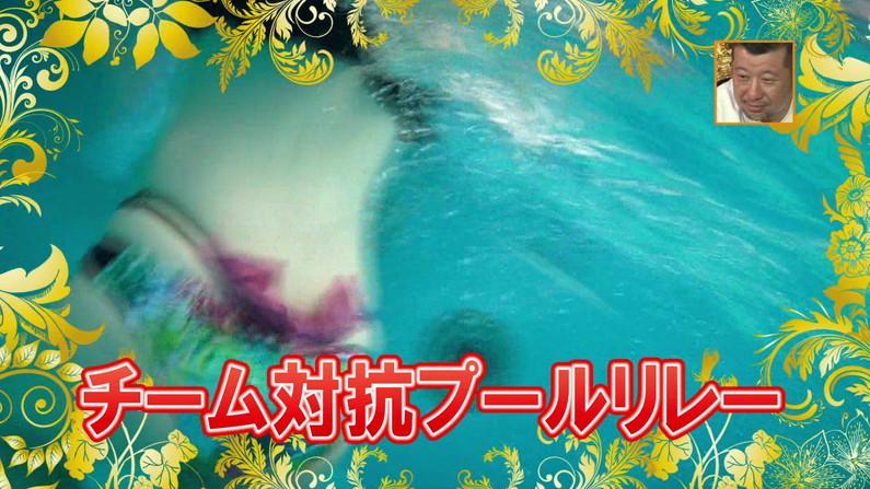 【お宝キャプ画像】バコバコプール開きとか言うコーナーで美女達が水着姿で色々やらされてるぞw 05