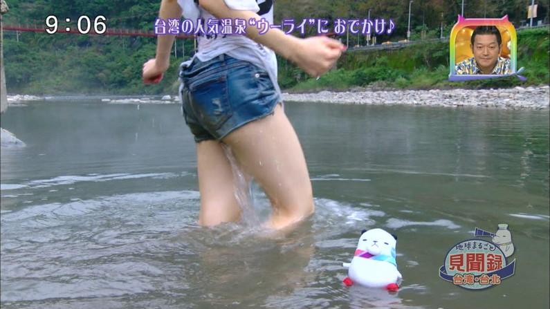 【太ももキャプ画像】タレント達のスラット綺麗な脚がエロくてたまらんw 19