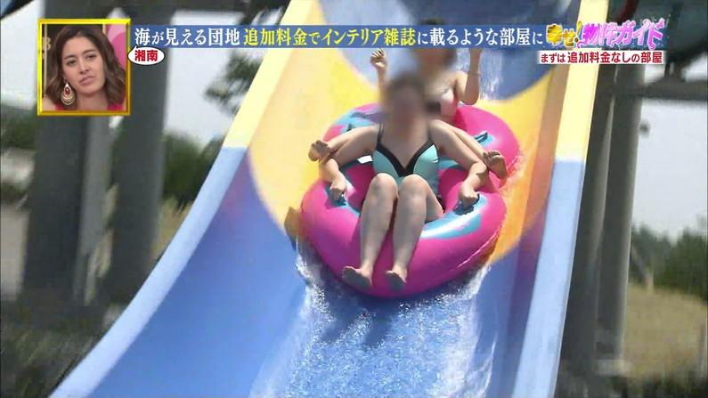 【水着キャプ画像】今年もエロい水着着た素人美女が映りまくりww 21