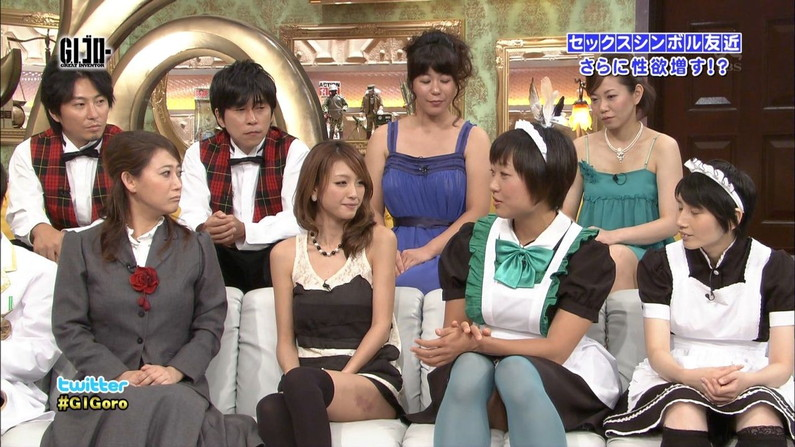 【太ももキャプ画像】テレビで見せるタレント達のエロい太ももがタマランw 09