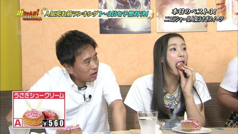 【疑似フェラキャプ画像】どうしても卑猥な目で見てしまうタレント達の食レポw 07