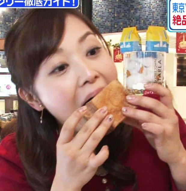 【疑似フェラキャプ画像】大口開けて食レポしてるタレント達の顔が卑猥な顔になってるw 04