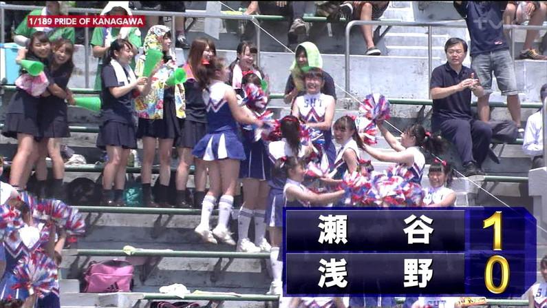 【甲子園キャプ画像】甲子園に映るエロ可愛いJKのチアガールたちw 04