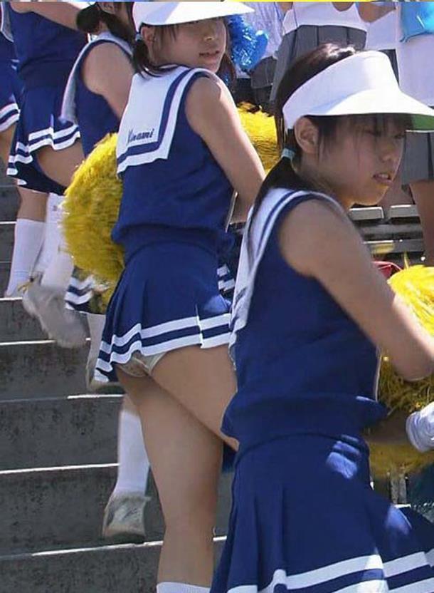 【甲子園キャプ画像】甲子園に映るエロ可愛いJKのチアガールたちw 18