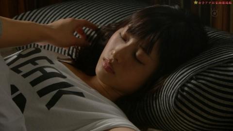 【寝顔キャプ画像】女子アナやアイドル達の寝顔が可愛すぎるんですけどw 08