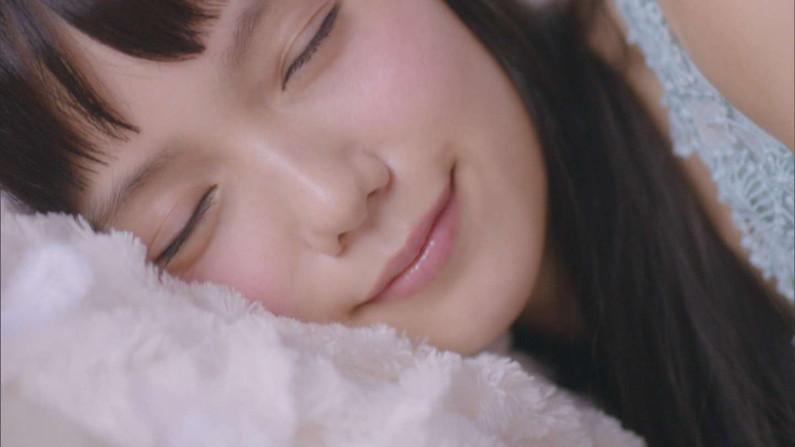 【寝顔キャプ画像】女子アナやアイドル達の寝顔が可愛すぎるんですけどw 18