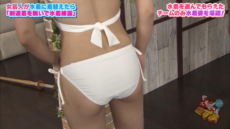 【お尻キャプ画像】テレビで美女の水着からお尻が思いっきりハミ尻してるんだけどww 11