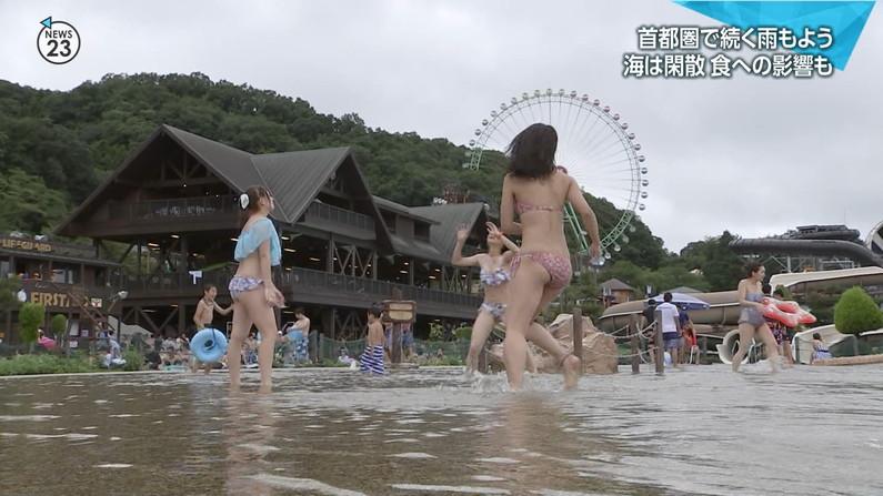 【お尻キャプ画像】テレビで美女の水着からお尻が思いっきりハミ尻してるんだけどww 19