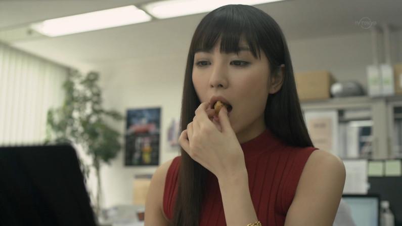 【疑似フェラキャプ画像】どうしてタレントさん達はこんなやらしい顔して食レポするんだろうか?w 10