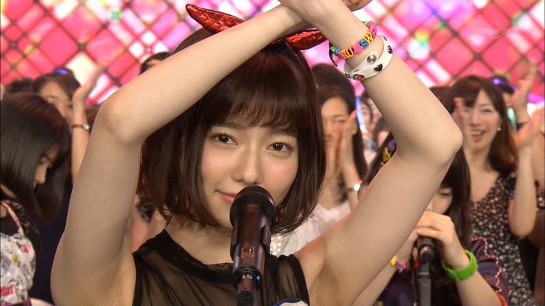 【脇キャプ画像】アイドルや女子アナの脇マンコがエロいww 05