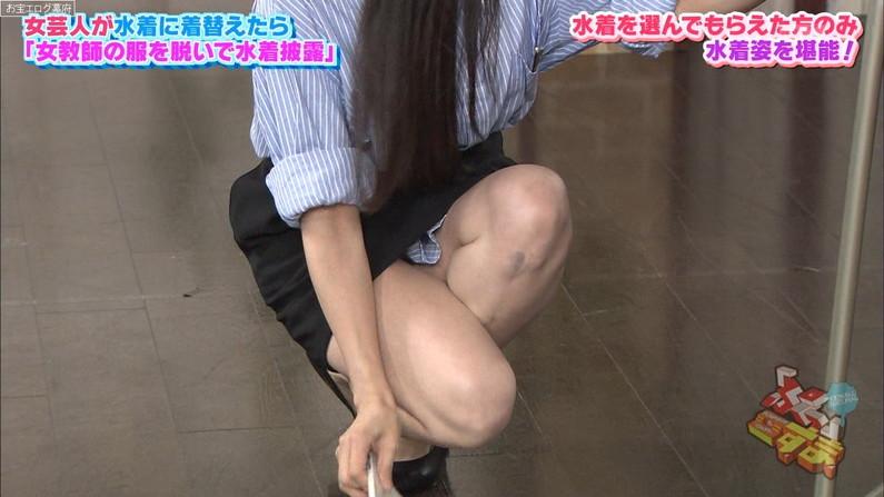 【太ももキャプ画像】テレビに映るムチムチの太ももがエロい美脚なタレント達w 09