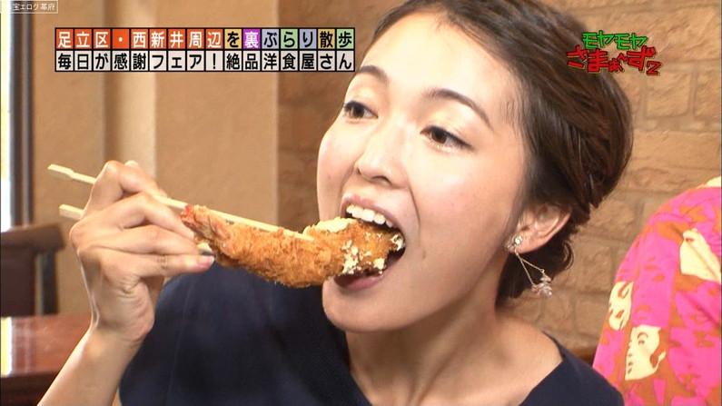 【疑似フェラキャプ画像】食レポするのにそのエロい顔は何ですか!?ww
