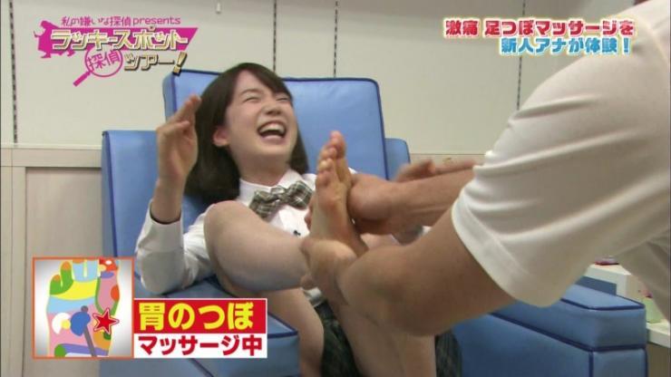 【足裏キャプ画像】美人タレントの足の裏とかに興味あるやつちょっと見てみろよww 22