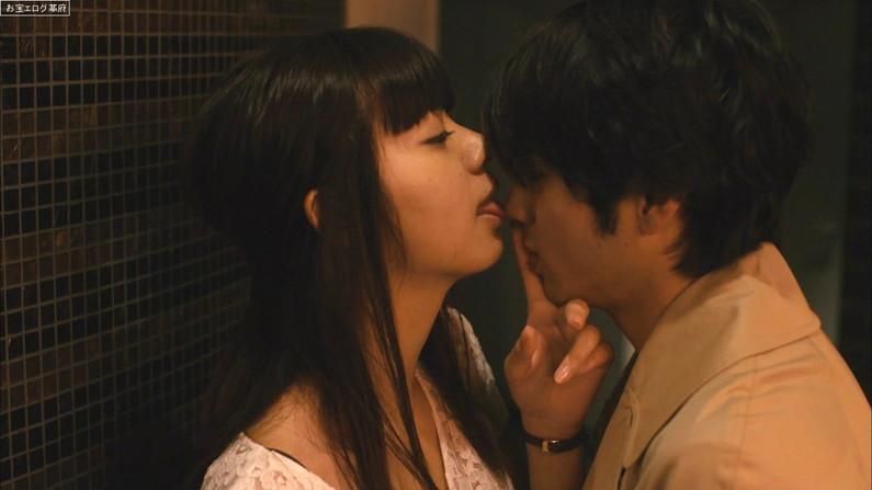 【キスキャプ画像】見てるこっちまでドキドキしちゃうキスシーンやキス顔w 07