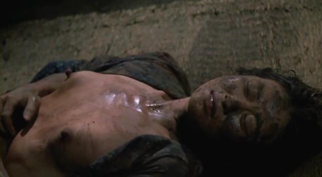 【蒸れ馬キャプ画像】濡れ場やベッドシーンで見せた乳首の綺麗な女優たちww 07