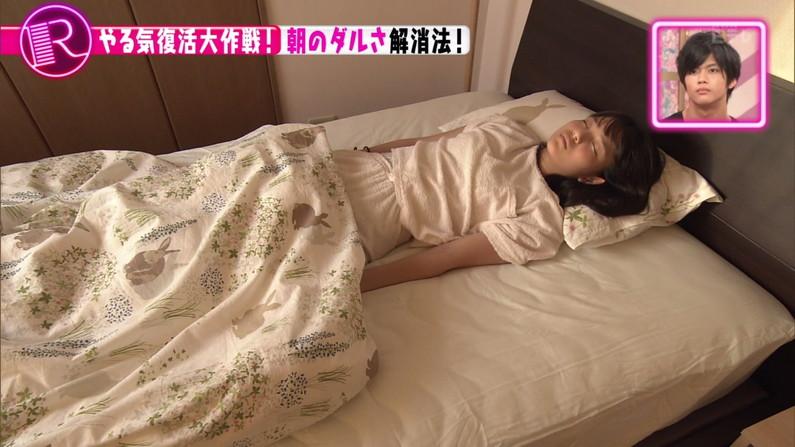【寝顔キャプ画像】思わず添い寝でもしたくなるようなアイドル達の可愛い寝顔ww 19