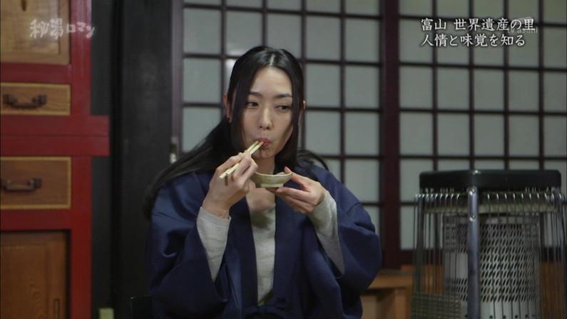 【疑似フェラキャプ画像】フェラしてる時の顔にそっくりな顔して食レポする女子アナ達w 01