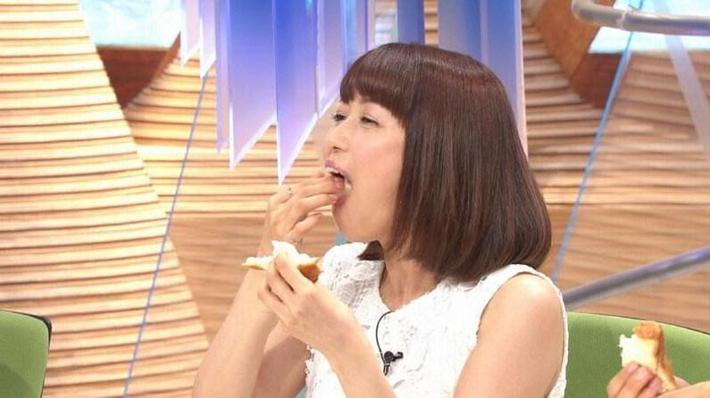 【疑似フェラキャプ画像】フェラしてる時の顔にそっくりな顔して食レポする女子アナ達w 18